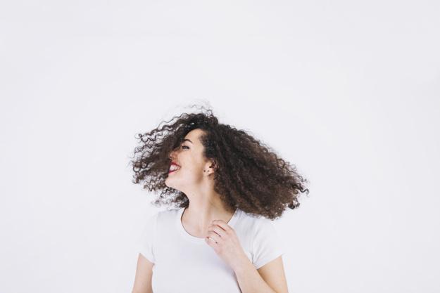 Cintai rambut keriting Anda